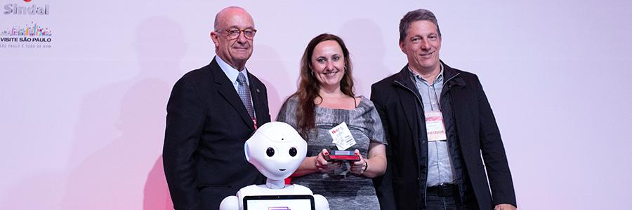 Desbravador recebe prêmio de Melhor Software de Gerenciamento Hoteleiro pelo quarto ano!